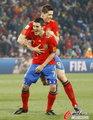 图文:西班牙VS洪都拉斯 托雷斯与比利亚庆祝