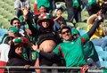 图文:墨西哥0-1乌拉圭 球迷激情助威12