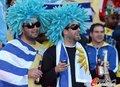 图文:墨西哥0-1乌拉圭 球迷激情助威19