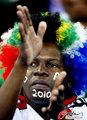 图文:韩国VS尼日利亚 球迷激情助威(19)