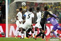 图文:加纳VS德国 厄齐尔进球瞬间