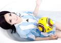 性感MM变身足球宝贝