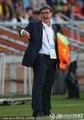 图文:巴拉圭0-0新西兰 主帅场边怒吼