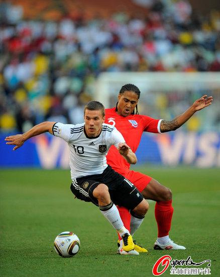 德国VS英格兰 兴奋的波尔蒂图片 64875 438x550