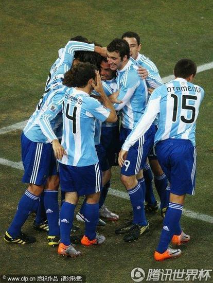 特评:阿根廷太顺非好事 战德国防守将受考验
