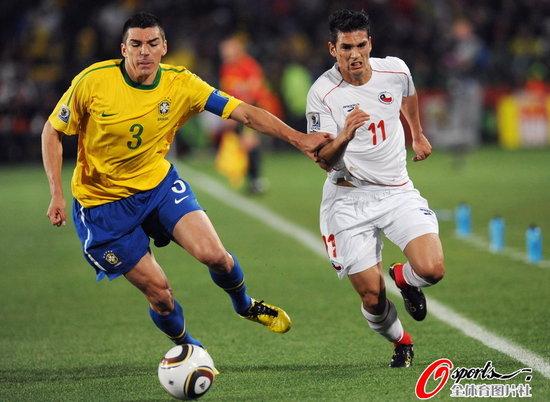 半场快评:智利成最好垫背 彻底激发巴西能力