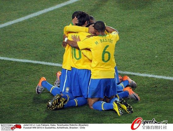 特评:巴西亮出冠军底蕴 保守足球也能变华丽