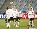 图文:德国队适应场地 目标战胜阿根廷(132)