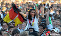 图文:德国负西班牙 国内球迷激情助威(40)