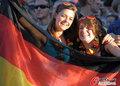 图文:德国负西班牙 国内球迷激情助威(47)