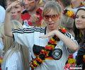 图文:德国负西班牙 国内球迷激情助威(61)