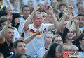 图文:德国负西班牙 国内球迷激情助威(70)