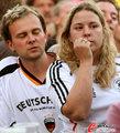 图文:德国负西班牙 国内球迷激情助威(77)