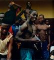 高清:比利时女摄影师镜头下的非洲足球影像