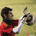 高清:西班牙备战 托雷斯身着训练衫难进首发