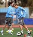 图文:乌拉圭备战德国 球员低调训练(11)