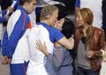 图文:荷兰队太太团一路同行 球员与女友(4)