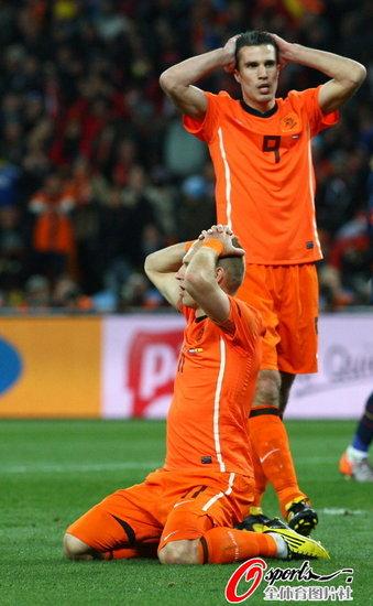特评:荷兰输在不够丑陋 捡回传统却无奈倒下