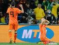 图文:荷兰0-1西班牙 罗本很失望