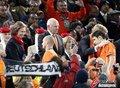 图文:西班牙夺大力神杯 球员激情庆祝(150)
