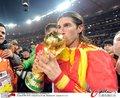 图文:西班牙夺大力神杯 球员激情庆祝(184)