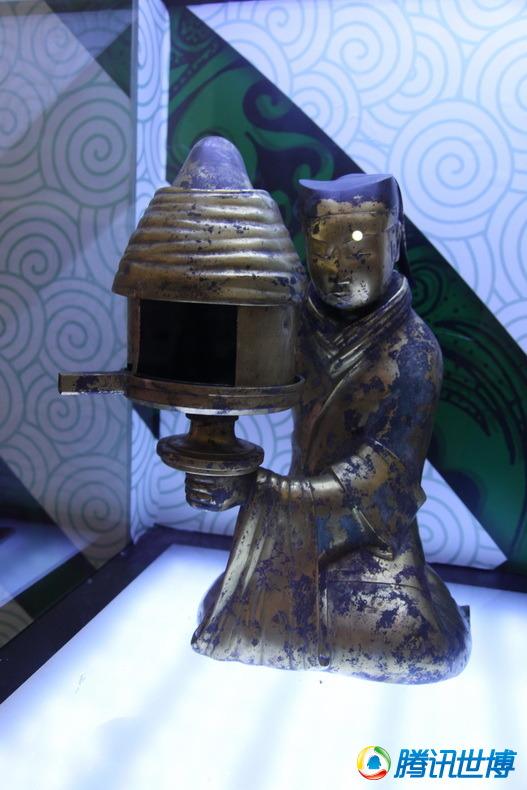 两千年前环保灯具 长信宫灯令人惊叹