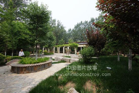 北京. 天津田纳溪湖休闲园林。