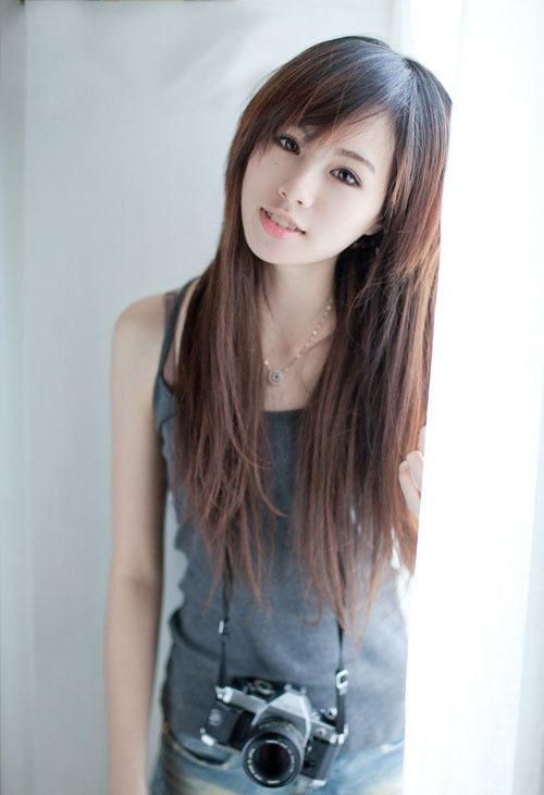 高清:chinajoy腾讯展台 蓝衣美女引人眼球 世博频道 腾讯网