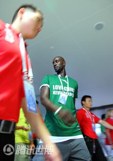 NBA球星加内特做客腾讯世博谈上海之行图片