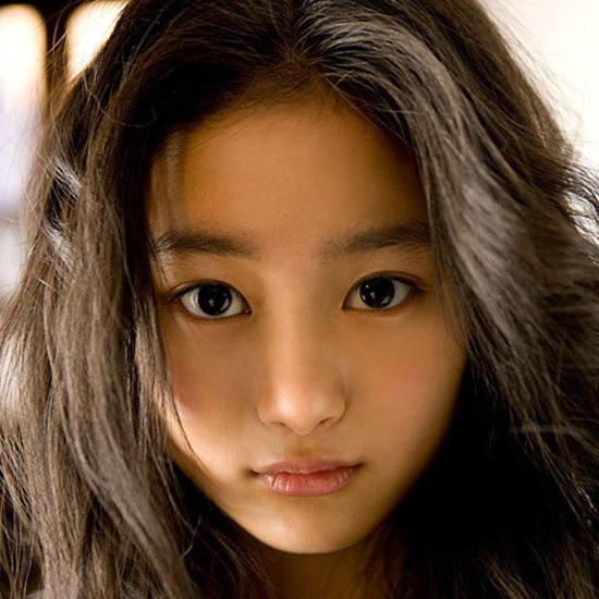 组图:日本90后超女生美少女开的路虎适合人气图片