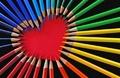 组图:看彩色铅笔变魔法 玩一场色彩的游戏