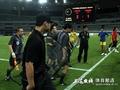 上海特警保护裁判退场