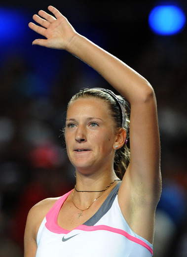 澳网阿扎伦卡赠蛋横扫意猛女 进16强将战兹娃