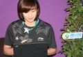 王琳微博与网友互动
