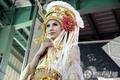 高清:绝色美女世博T台秀 展民族歌舞华服