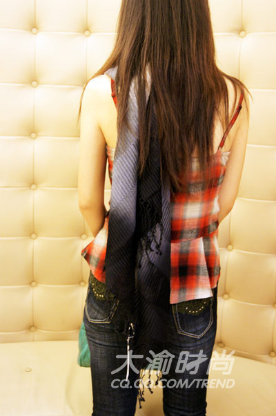 美女出镜 带你触手2010秋冬八大时尚 竖