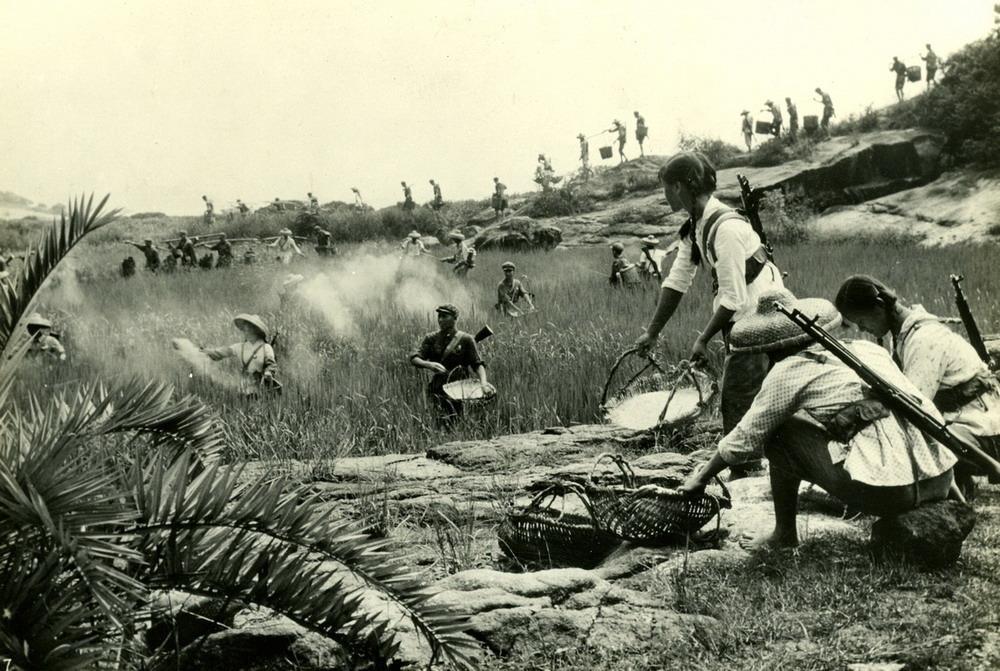 70年代初的解放军 风貌与杀气