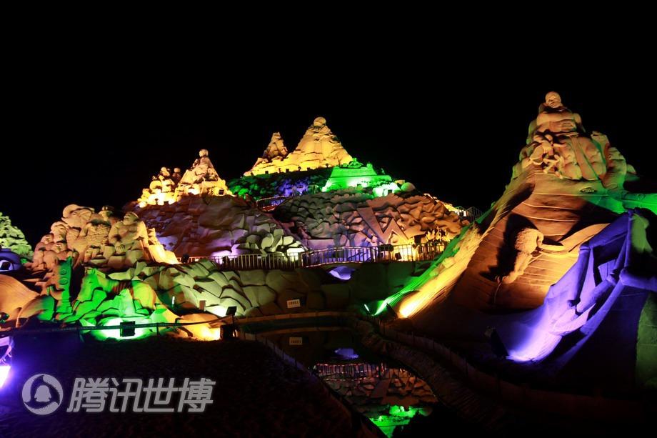 美丽的沙雕夜景