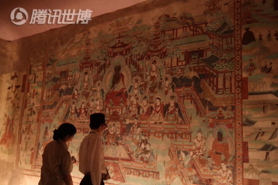 敦煌莫高窟第220窟,描绘了东方理想幻城的情景