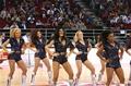 组图:NBA美女秀表演 美式风味迷倒中国球迷