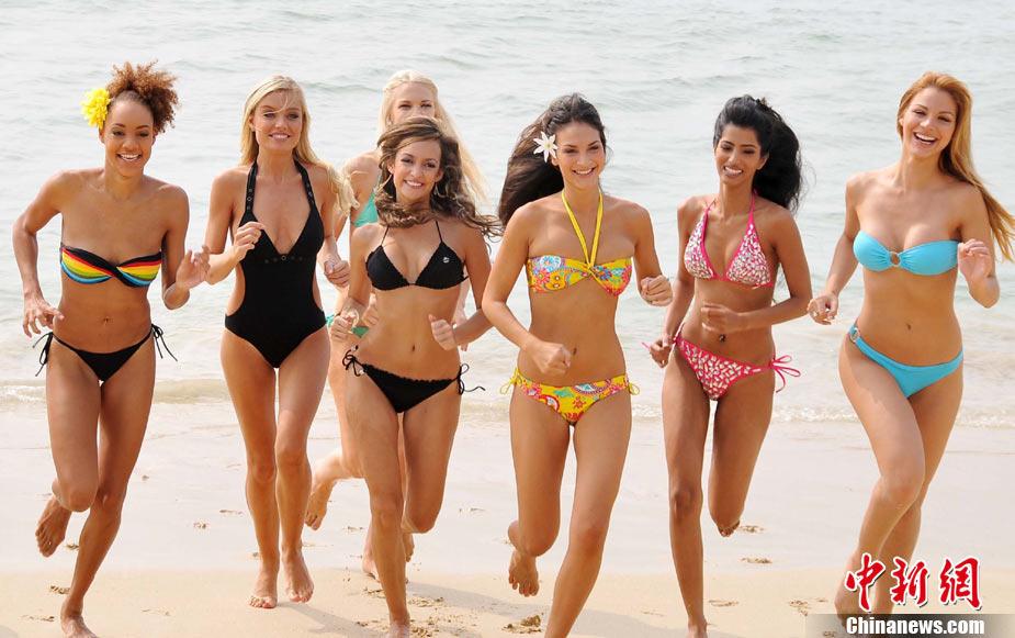 组图:青春靓丽+世界小姐三亚沙滩秀泳装