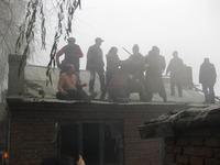 高清图:黑龙江密山市一56岁男子自焚抗议强拆
