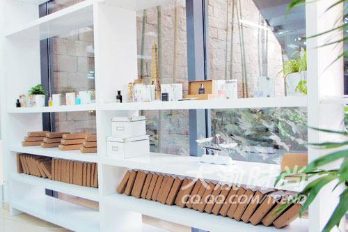 美国时尚香水品牌气味图书馆登陆重庆
