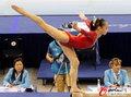 高清:女子平衡木决赛 眭禄邓琳琳包揽金银牌