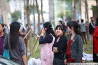 高清:深圳发生2.8级地震 白领冲出写字楼