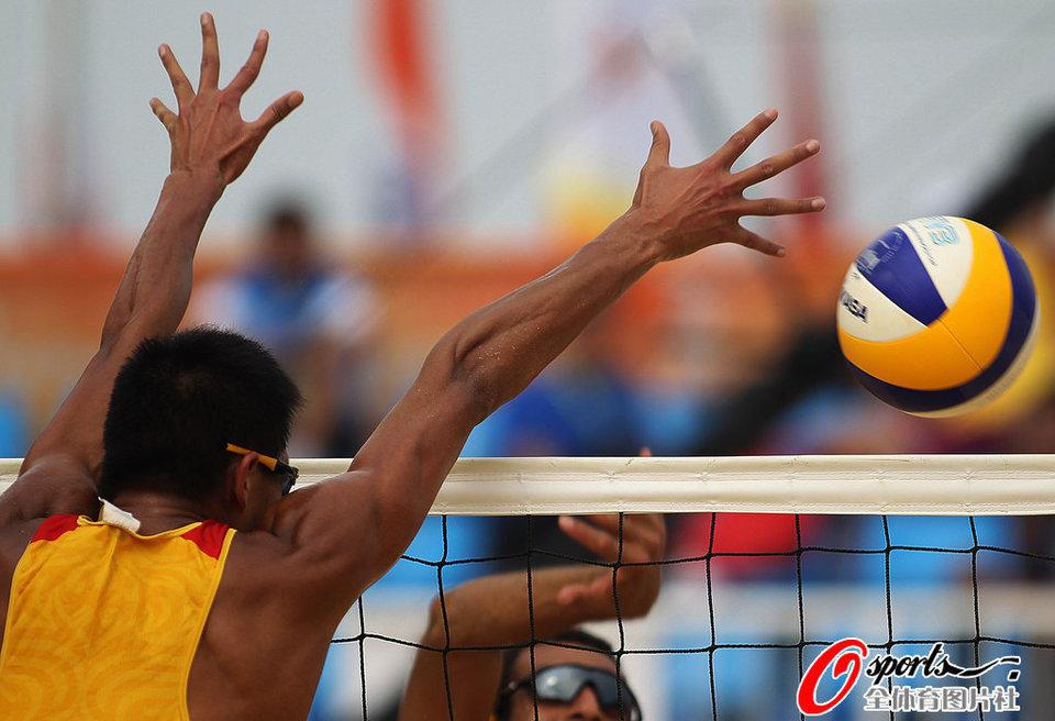 沙滩排球1 4决赛 吴鹏根 徐林胤晋级