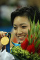 日本女选手空手道夺金