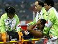 印度选手受伤被送急救