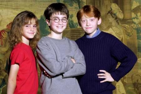组图:哈利波特三人组的成长10年