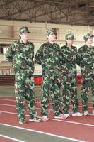 独家高清:刘翔首次军训 标准军姿获教官表扬